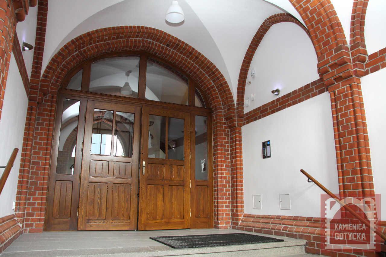 Kamienica Gotycka - Biura do wynajęcia w doskonałej lokalizacji